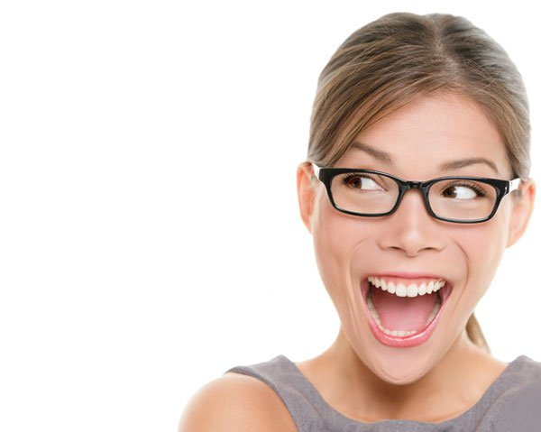 4 Benefits of Showing Your Smile & Laughing More